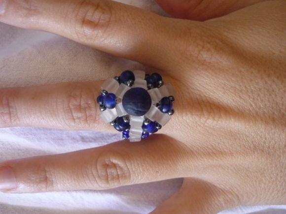 http://courgettolivre.cowblog.fr/images/bijoux/colliers/P1030353.jpg
