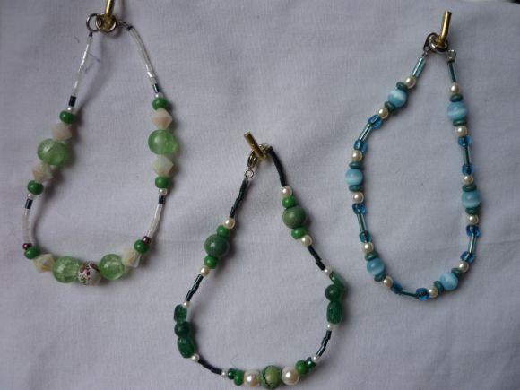 http://courgettolivre.cowblog.fr/images/bijoux/colliers/nantiat/P1000974.jpg