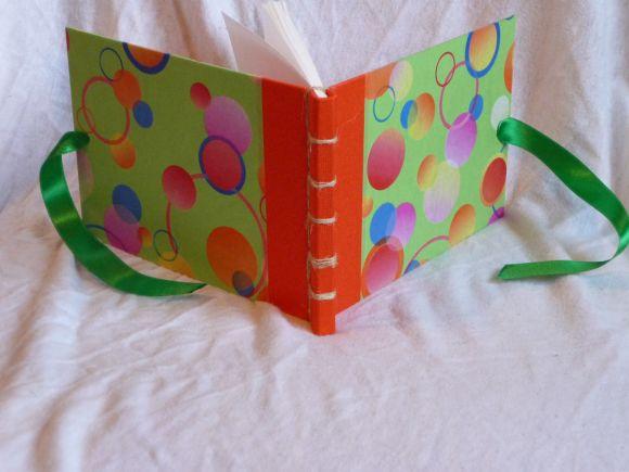 http://courgettolivre.cowblog.fr/images/reliuresjaponaises-1/P1070099.jpg